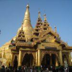 ヤンゴンのB級スポット お寺や遊園地も融合が主流