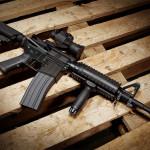 銃砲身の長いショットガンは威圧感がある:グアテマラ