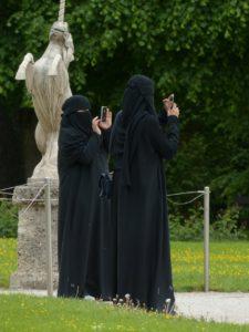 burka-117514_1280