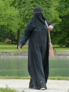 niqab-117519_1280