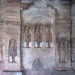 マーブル模様の巨石が美しい:居心地の良い街バダミ