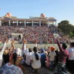 ワガ国境の珍セレモニー インド側で盛上る:アムリトサル