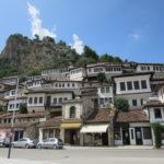 早朝でも熱中症?8月のアルバニアは灼熱地獄:ティラナからベラト